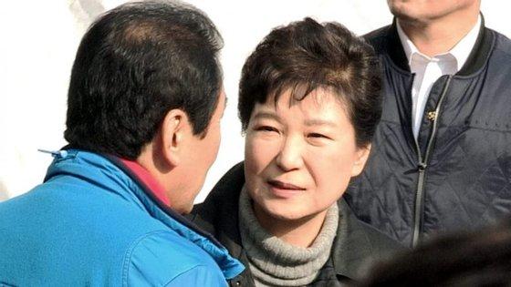 Uma sondagem publicada esta semana revelou que mais de 75% dos sul-coreanos estão a favor da destituição da Presidente