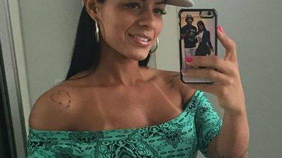 Um avião e um coração é a tatuagem que está marcada, para sempre, no corpo de 13 das mulheres dos jogadores do Chapecoense