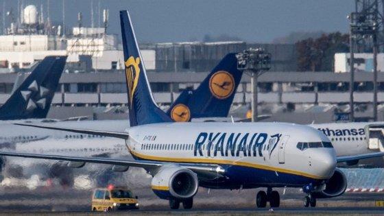 A companhia aérea terá quatro ligações semanais entre a Terceira e Lisboa e duas para o Porto