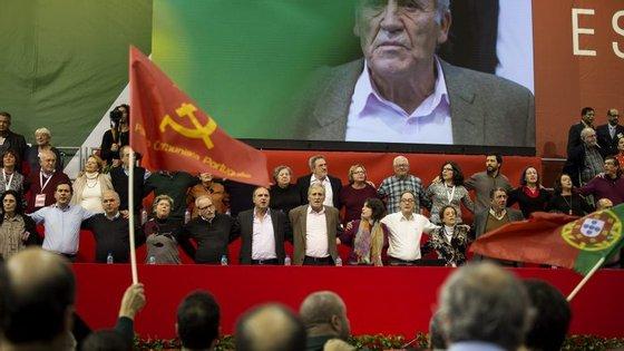 Que PCP saiu do congresso em Almada?