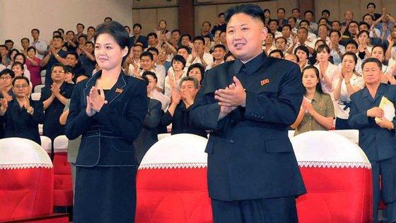 A última aparição em público de Ri Sol-ju tinha sido em março, na inauguração de um complexo comercial e de centros de saúde em Pyongyang