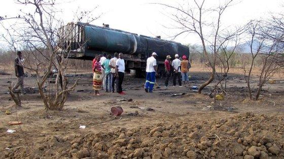 """O governador insistiu que """"medidas urgentes devem ser tomadas, para que não continuem a ocorrer mortes"""""""
