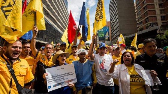 No centro da polémica está uma carta confidencial que teria sido assinada por monsenhor Pietro Parolin e enviada ao Presidente Nicolás Maduro, com pedidos do Vaticano