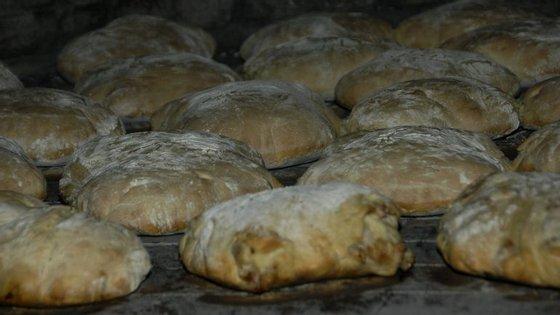 25 toneladas de trigo produzidas e transformadas em 20 toneladas de farinha deram origem a 50.000 pães certificados, feitos com cereais do Alentejo