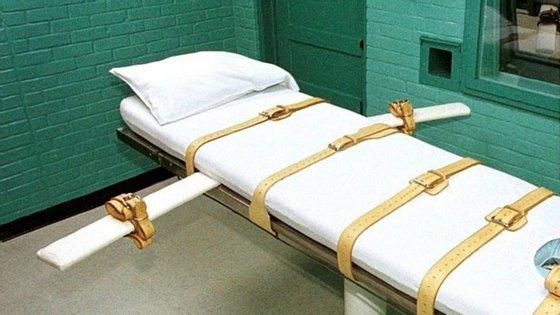 Depois de o Supremo Tribunal ter negado o recurso em última instância, o réu foi executado com três horas de atraso