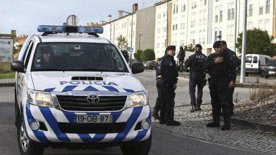 A polícia pretende ainda criar um programa de segurança e saúde no trabalho, necessário para assegurar a justa e adequada proteção e segurança dos polícias face aos riscos da profissão