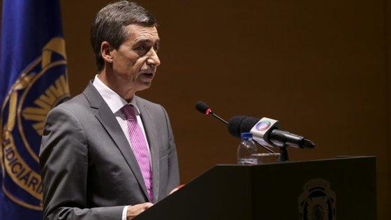 """Os ministros da Justiça e Segurança Social também participam na conferência """"O combate à fraude e à corrupção"""""""