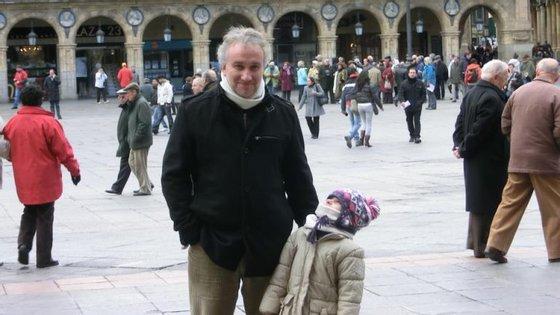 Fernando Blanco, pai de Nadia Nerea, foi preso por burla