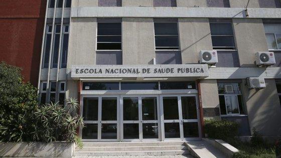 É um projeto promovido pela Escola Nacional de Saúde Pública, da Universidade Nova de Lisboa, e que resulta da análise de um conjunto de especialistas em saúde e peritos nacionais
