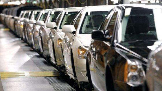 Um representante da General Motors revela que a empresa cumpre todas as leis e regulações e rejeitou comentar o assunto