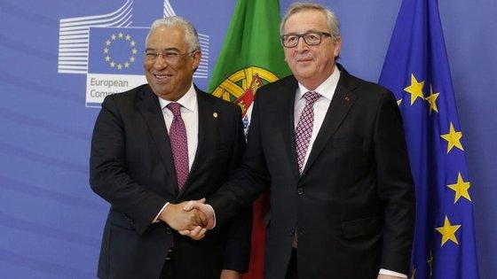 A última deslocação de Jean-Claude Juncker a Lisboa teve lugar em março passado, por ocasião da tomada de posse do Presidente da República