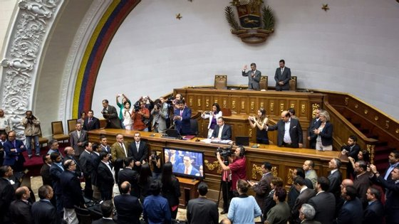 Esta é a segunda vez que o STJ ordena parar o julgamento contra o Presidente da Venezuela