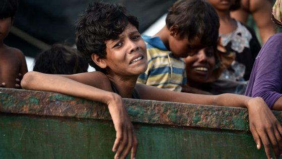 A ação dos militares foi desencadeada na sequência de ataques a 9 de outubro contra postos da polícia no estado de Rakhine que as autoridades atribuíram a elementos da comunidade rohingya