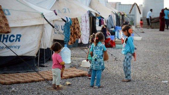 Mosul foi palco de combates depois do lançamento, há dois meses, de uma ofensiva que visa expulsar os radicais do Estado Islâmico