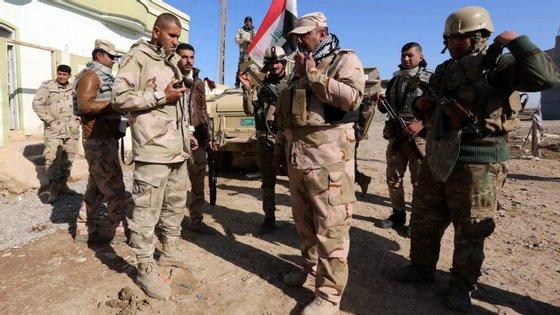 As forças armadas iraquianas lançaram a 17 de outubro uma vasta ofensiva para recuperar Mossul, a segunda cidade do Iraque, que foi ocupada pelos 'jihadistas'