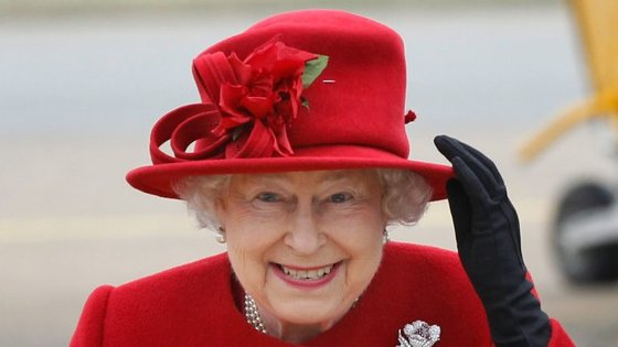 """A 9 de março, o The Sun publicou uma notícia onde dizia que uma """"fonte altamente confiável"""" tinha garantido que a rainha Isabel II era a favor do Brexit"""