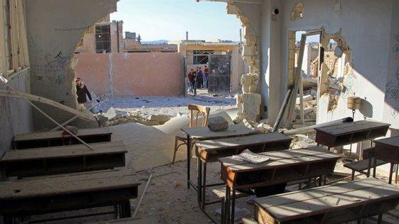 Nas províncias ainda ocupadas pelos rebeldes que não assinaram o acordo os combates devem continuar