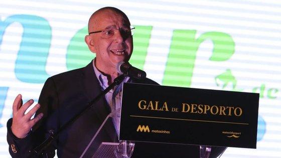Guilherme Pinto tem 57 anos.