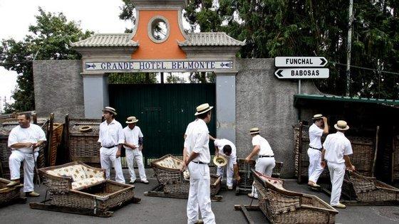 O presidente morreu na quarta-feira, na freguesia do Monte, na Madeira, depois de ter sido alvejado a tiro na sequência de uma discussão, com um outro profissional dos carros de cesto