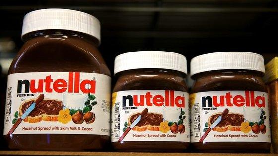 A Ferrero explicou que a o óleo de palma usado na Nutella é refinado abaixo dos 200 graus e a uma pressão muito baixa