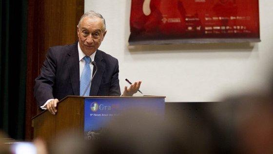 """Além disso, continuou Marcelo, a redução da TSU """"acolhe um regime que é favorável à economia portuguesa"""""""