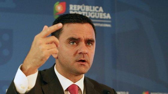 Ministro do Planeamento e Infraestruturas espera que a decisão do novo aeroporto no Montijo tenha o consenso do PSD