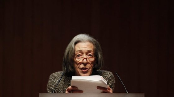 O Prémio Literário Fundação Inês de Castro é um prémio anual cujo objetivo é distinguir obras publicadas sobre motivos do mito inesiano, podendo abranger temas tão amplos como a paixão, a vingança e a tragédia