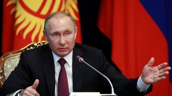 O presidente russo manifestou-se confiante no comité de instrução criado para investigar os casos de doping que têm afetado todo o desporto do país