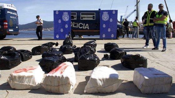 """Esta apreensão """"é uma das mais importantes"""" realizadas nos últimos anos em Espanha relativas ao tráfico de cocaína"""