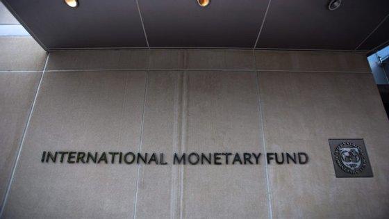 Em março de 2015, o FMI acordou emprestar à Ucrânia cerca de 17.500 milhões (em quatro anos). Esta é mais um tranche do empréstimo