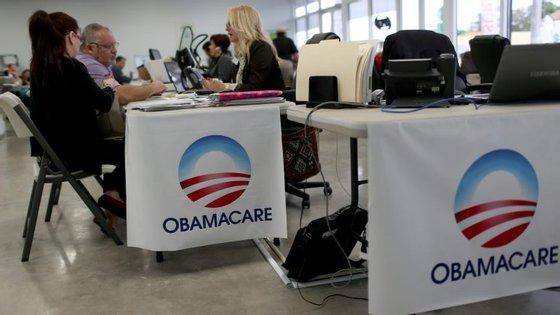 Desde o início da sua campanha que Donald Trump prometeu acabar com o Obamacare caso chegasse à Casa Branca