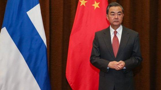 O ministro acrescentou que a suspensão recíproca de ensaios militares pode ajudar a reduzir a tensão, com vista a solucionar a questão de fundo do programa nuclear norte-coreano