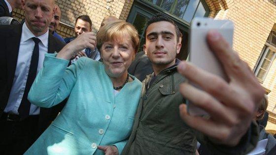 Uma selfie que acabou em montagens polémicas