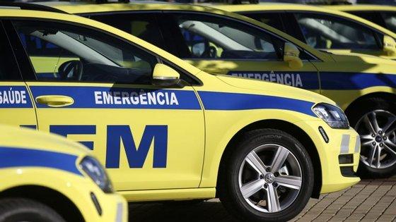 O alerta foi dado às 17h22 e no local estiveram seis veículos, 14 operacionais do INEM, bombeiros de Viseu, Cruz Vermelha e GNR