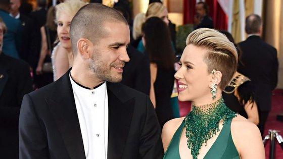 Scarlett Johansson casou-se com Romain Dauriac em 2014.
