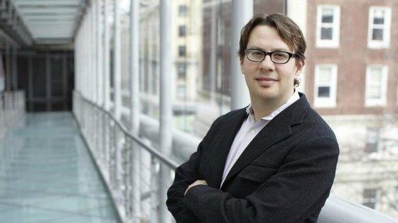 Evan Rawley é professor de Estratégia Empresarial na Columbia Business School. Dá uma cadeira que fala sobre os modelos de negócios de plataformas como a Uber.