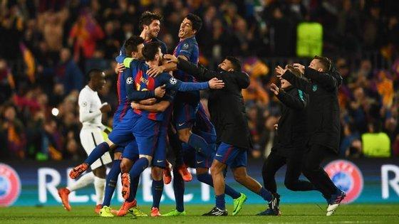 A terra também abanou quando o Barcelona 'mexeu' com as emoções do futebol