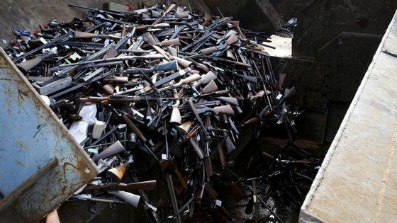 Em 2016, a PSP realizou sete operações de destruição de armas, num total de cerca de 24 mil armas de fogo e armas brancas