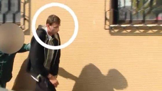 Manuel Fernandes a chegar ao Tribunal de Viana do Castelo. Imagem retirada do vídeo do Correio da Manhã.