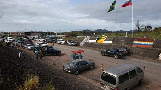 O aumento no número de pedidos de refúgio no Brasil coincide com o agravamento da crise económica no país governado pelo Presidente Nicolás Maduro