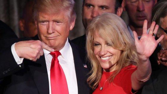 """""""She's the one"""", parece dizer Donald Trump: conselheira continua a ser notícia nem sempre pelas melhores razões"""