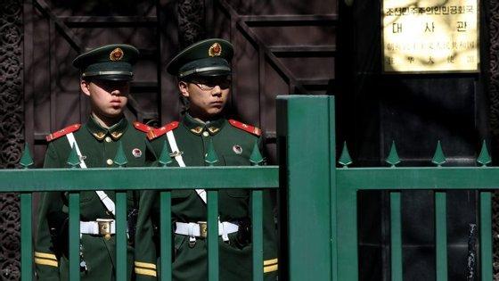O meio-irmão do líder norte-coreano foi morto a 13 de fevereiro depois de duas mulheres terem lançado o químico letal VX no seu rosto no aeroporto de Kuala Lumpur
