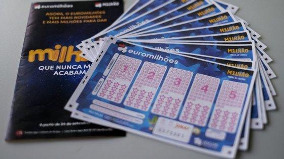 O quarto prémio vai ser distribuído por 31 apostadores, três dos quais em Portugal