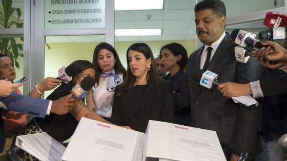 A Odebrecht e a pretrolífera Petrobras estão no centro de um inquérito no Brasil, iniciado em 2014, que investiga um sistema de corrupção que passava pelo pagamento de subornos a responsáveis políticos brasileiros