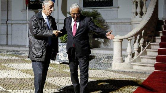 """Marcelo considera que a mudança prevista poderia """"criar problemas graves"""" à GNR e às Forças Armadas."""