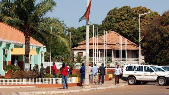 Sissoco Embalo disse ter abordado a continuidade da presença com Presidente senegalês, Macky Sall