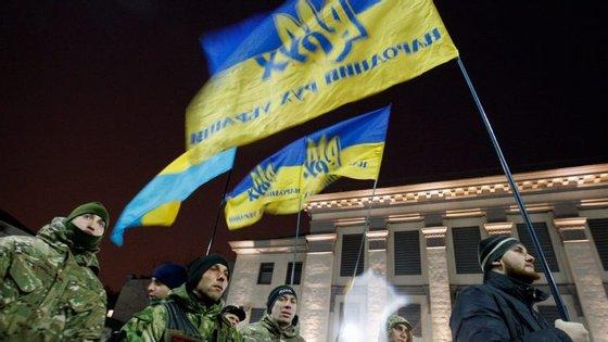 A Rússia anexou a península ucraniana após uma intervenção militar e um referendo, que foi rejeitado pela comunidade internacional