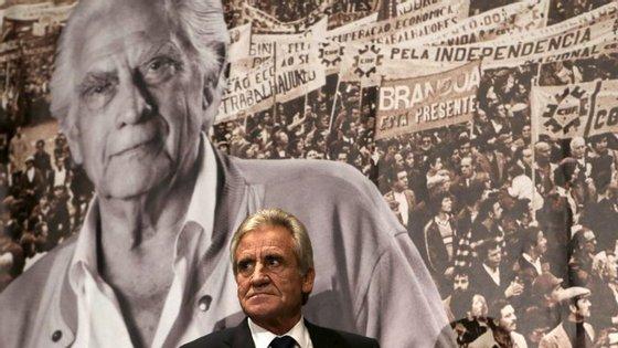 """""""O governo grego não foi derrotado porque quis sair do euro, foi derrotado porque quis ficar no euro"""""""