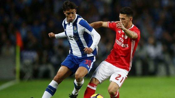Benfica de Pizzi e FC Porto de Óliver prometem manter a luta pelo título até à última jogada da última jornada