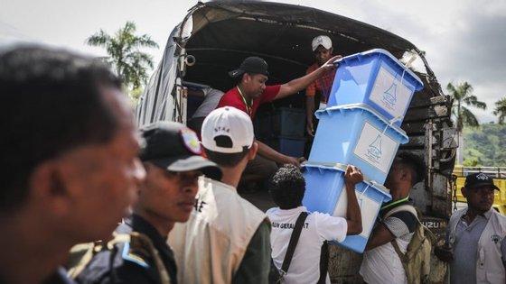 Eleições obrigaram à contratação de mais de 10 mil funcionários para acompanhamento eleitoral